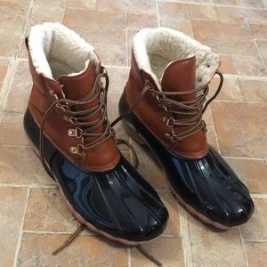 Seven7 mud boots size women's 11